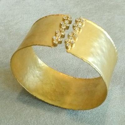 14KY w/22KY Wash  Cuff Bracelet w/Diamonds