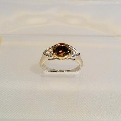 Platinum/18KY Fancy Colored Diamond