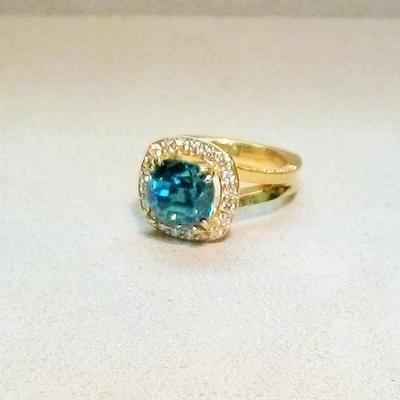 18KY Blue Zircon/Diamond Ring