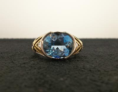 Plat/18KY- Aquamarine & Diamond Ring
