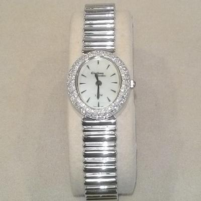14KW Oval Face  Diamond Bezel Watch