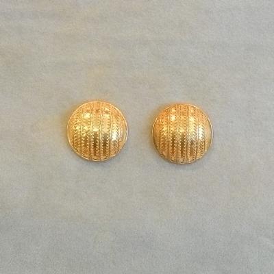 22KY Dome Pierced Earrings