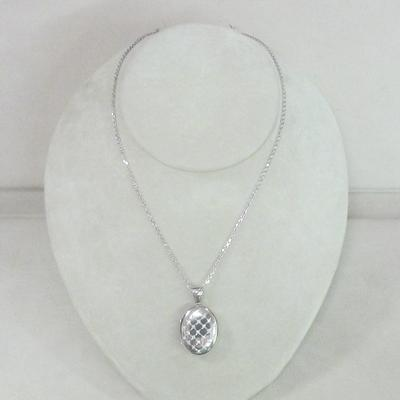 Platinum Diamond Oval Locket