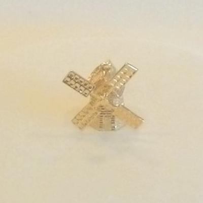 14KY Windmill Charm/Pendant.
