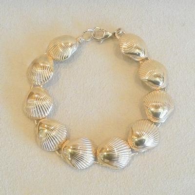 14KY Stylzed Scallop Shell-Link Bracelet
