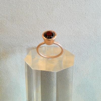 14KP Garnet Ring
