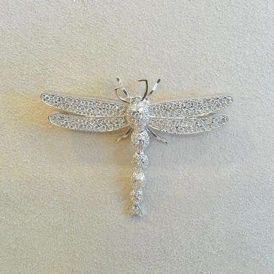 18KW Diamond Dragonfly Pin