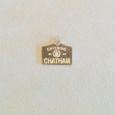 14KY Entering Chatham Charm