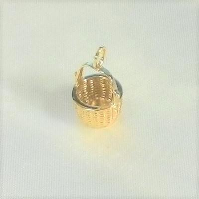 Medium Nantucket Basket Pendant
