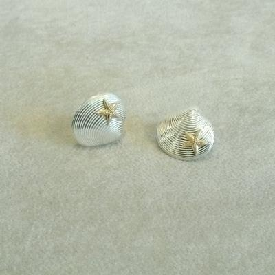 Sterling Clam w/14K Starfish Pierced Earrings