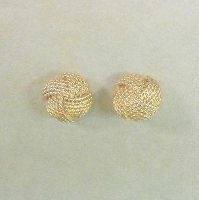 14KY Domed Clip Pierced Earrings