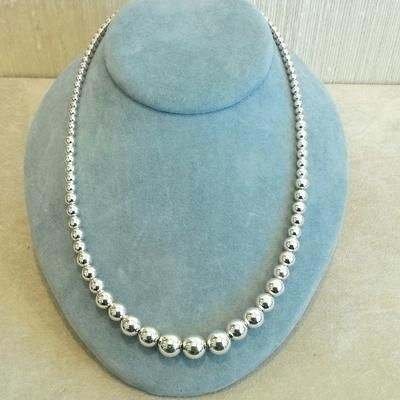 "Sterling Silver 18"" Graduated Bead Necklace"