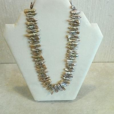 "Sterling Silver 17"" Dyed Champagne FWCP Necklace"