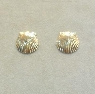 14KY Scallop Pierced Earrings