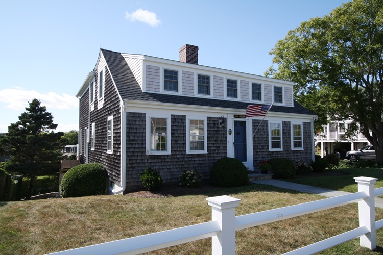 Fellman brothers builders portfolio chatham ma for Cape cod dormers
