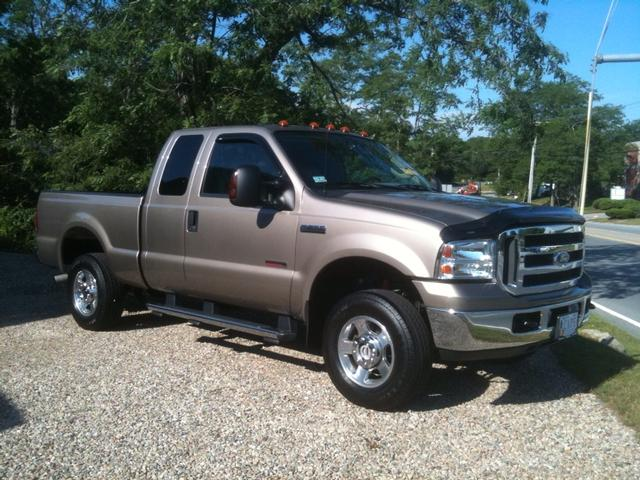 05 Ford F-250 Super Duty Lariat