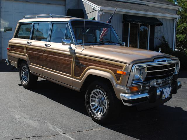 90 Jeep Grand Wagoneer Final Edition