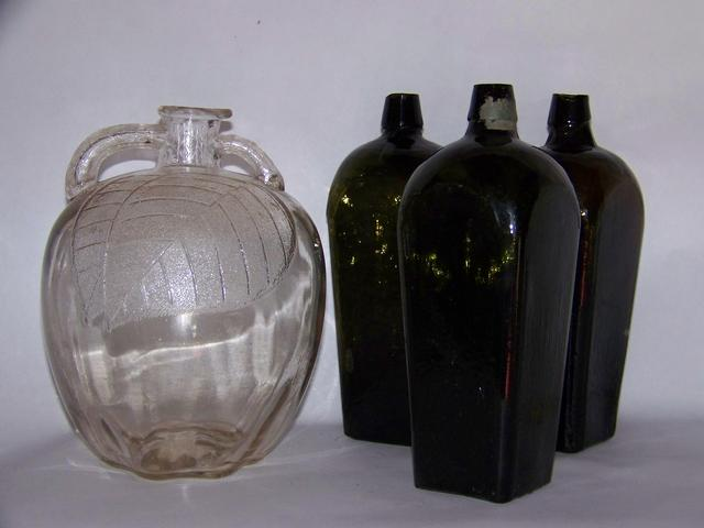 Glass Cider Jug & 3 Antique Gin Bottles item am5406