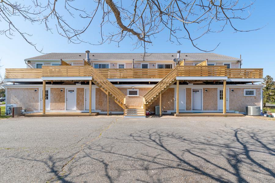 1247 C Main Street, Chatham, MA - Chatham Vacation Rental slide 3
