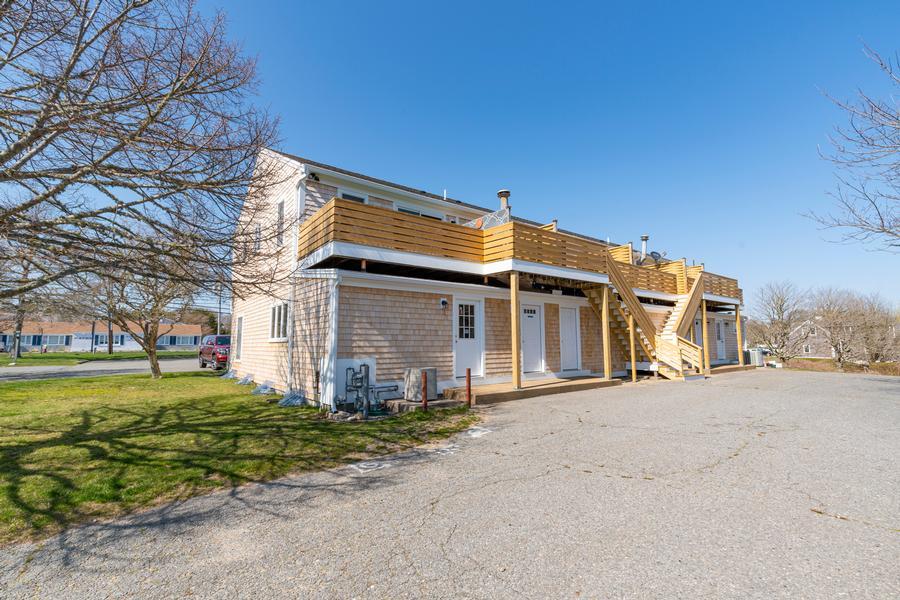 1247 C Main Street, Chatham, MA - Chatham Vacation Rental slide 2