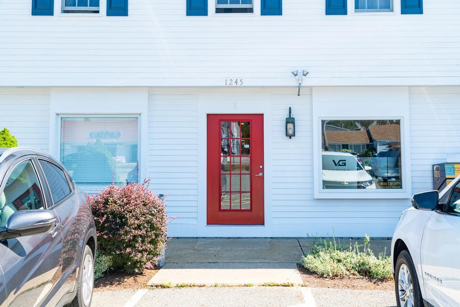 1245 B Main Street, Chatham, MA - Chatham Vacation Rental slide 1