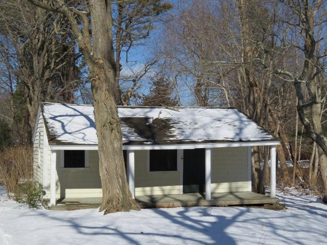 739 Lower Road, Brewster