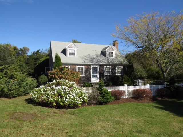 35 Inlet Road, Chatham