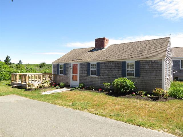 16 Oyster Drive, Chatham
