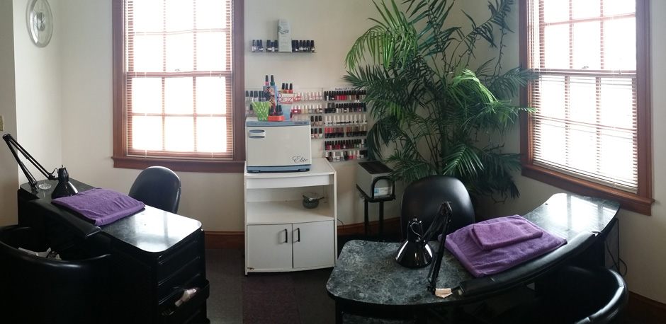 Heathers Hairport Nail Salon